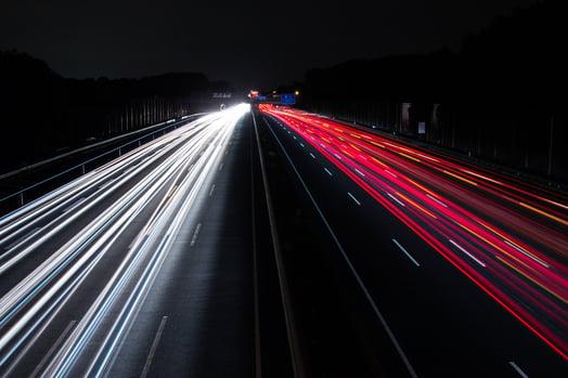 night-traffic-long-exposure-1